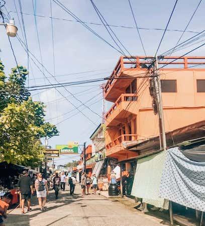 exploring livingston guatemala