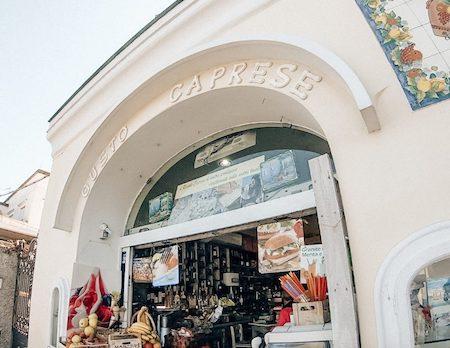 Adorable shop Gusto Caprese in Capri