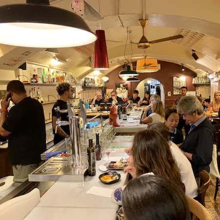 busy bar del pla in barcelona
