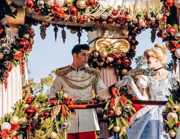 Cinderella and Prince Charming dancing during the Disney Holiday parade